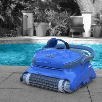 ربات تمیزکننده استخر